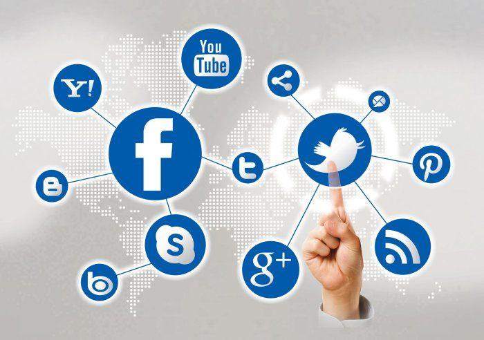 Facebookをソーシャルメディアとして使おう