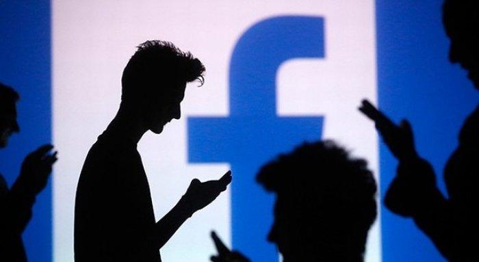 Facebookが「友達の友達は友達」であることによる可能性とは?
